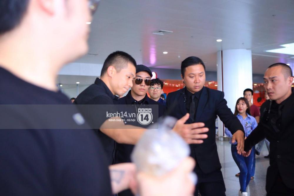 Seungri cuối cùng đã có mặt tại Việt Nam, chưa thấy G-Dragon xuất hiện - Ảnh 2.