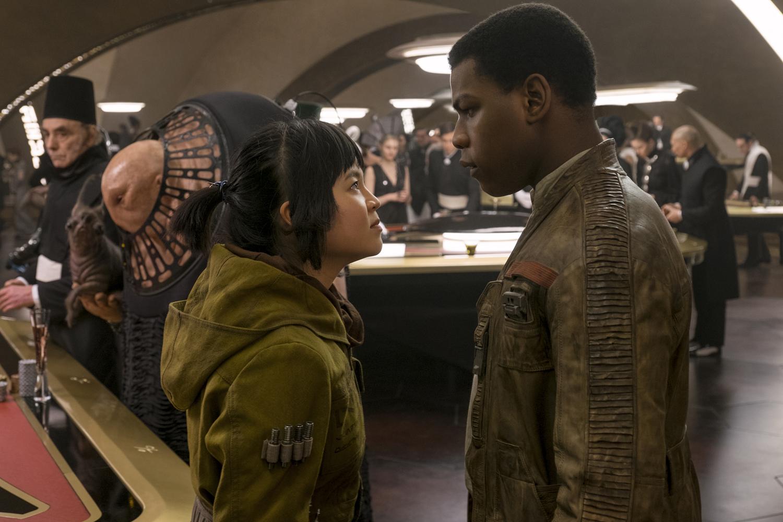 Disney tung trailer mãn nhãn cho bom tấn Star Wars: The Last Jedi - Ảnh 6.