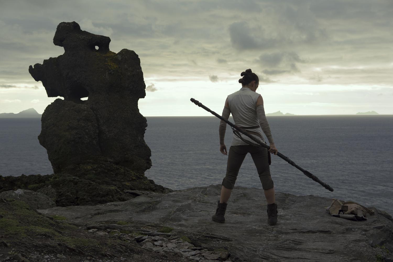 Disney tung trailer mãn nhãn cho bom tấn Star Wars: The Last Jedi - Ảnh 3.
