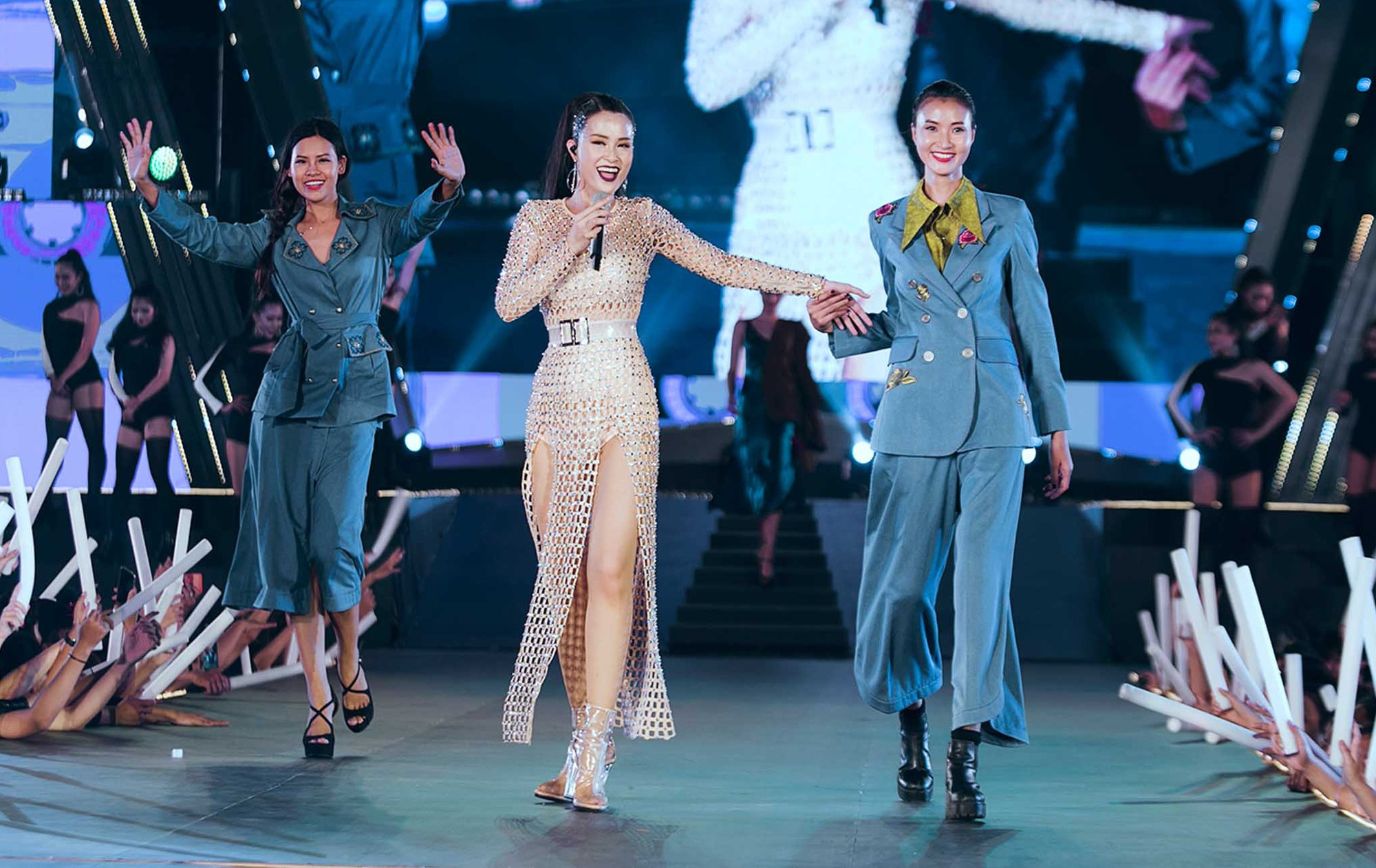 Mỹ Tâm lần đầu remix Đừng hỏi em, Đông Nhi - Noo Phước Thịnh mang loạt hit sôi động lên sân khấu - Ảnh 5.