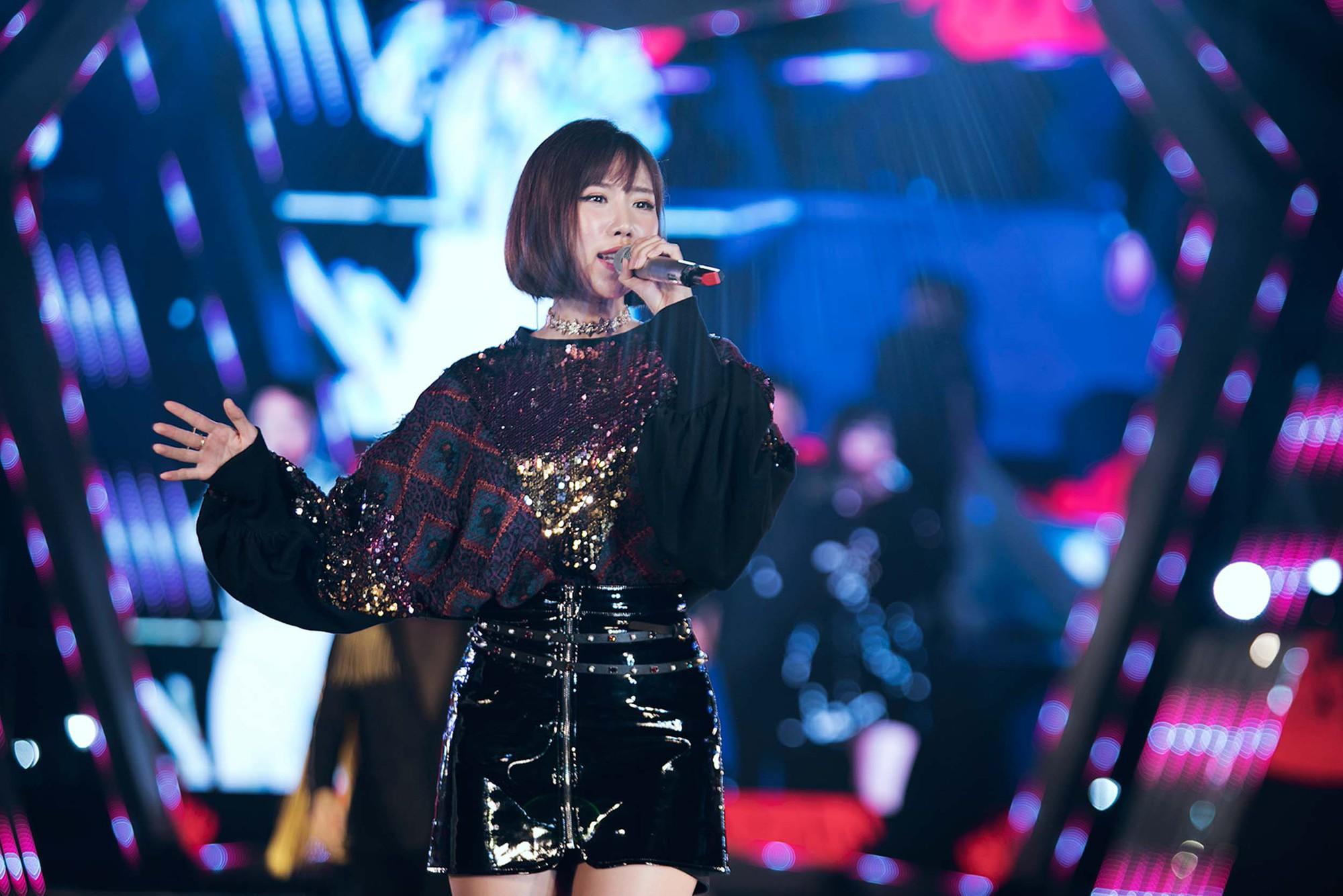 Mỹ Tâm lần đầu remix Đừng hỏi em, Đông Nhi - Noo Phước Thịnh mang loạt hit sôi động lên sân khấu - Ảnh 16.