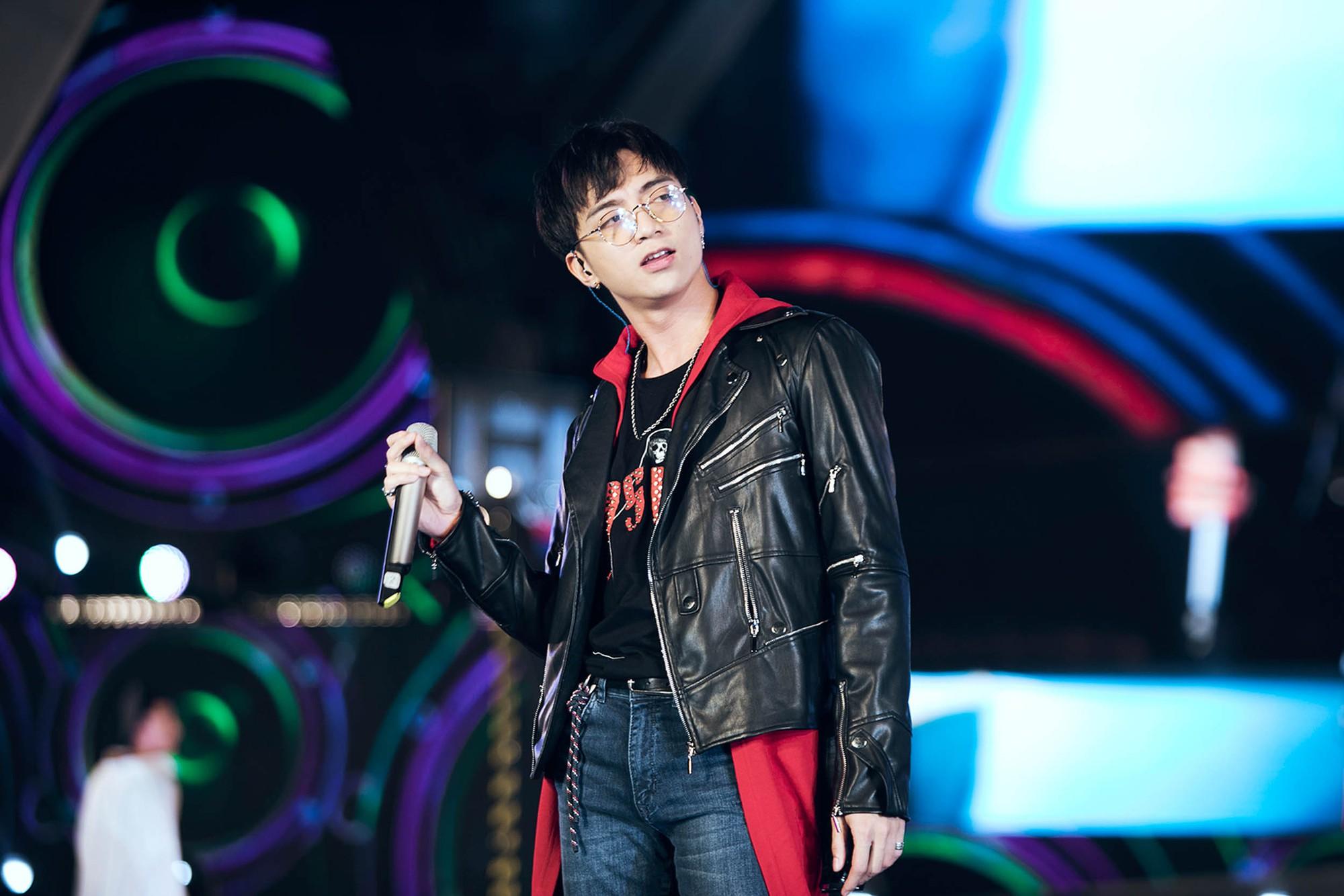 Mỹ Tâm lần đầu remix Đừng hỏi em, Đông Nhi - Noo Phước Thịnh mang loạt hit sôi động lên sân khấu - Ảnh 10.