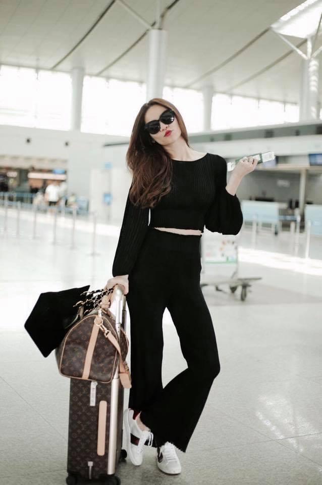 Kết quả hình ảnh cho thời trang sân bay chipu