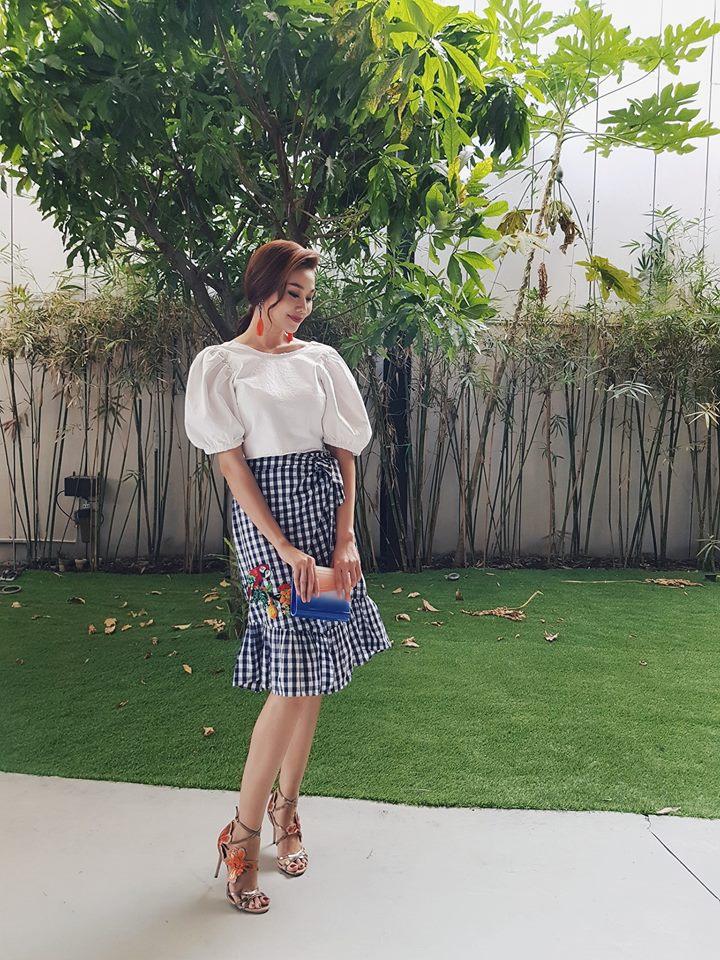 Midu, Mai Ngô, Lan Khuê sexy không đối thủ trong Top street style tuần qua - Ảnh 5.
