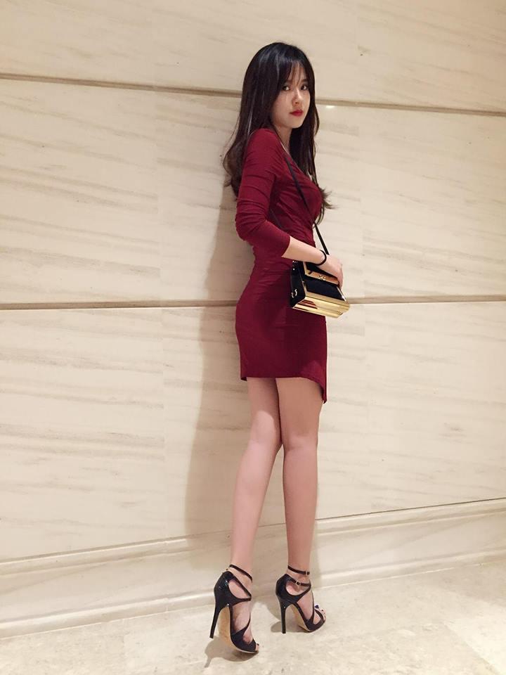 Midu, Mai Ngô, Lan Khuê sexy không đối thủ trong Top street style tuần qua - Ảnh 2.