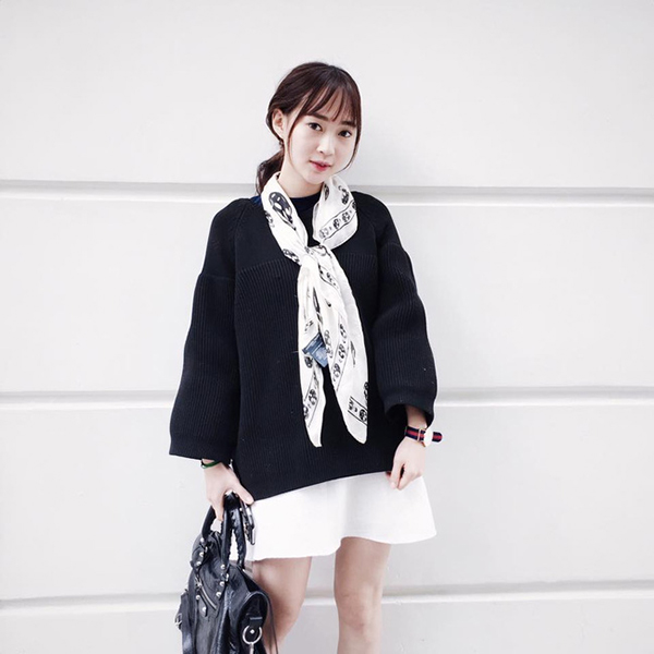 Hot girl Việt sắm túi ngày càng bạo tay, ai đang sở hữu kho túi hiệu khủng nhất? - Ảnh 28.