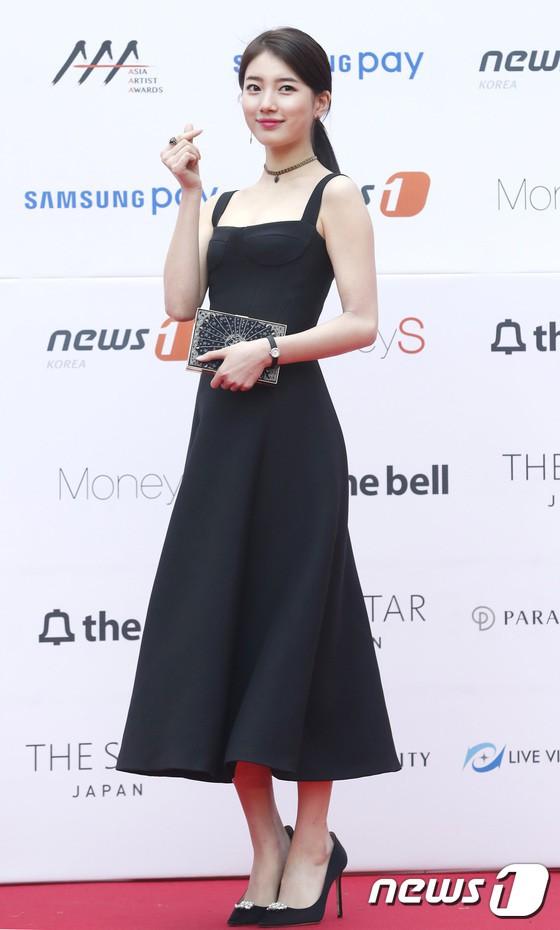 Asia Artist Awards bê cả showbiz lên thảm đỏ: Yoona, Suzy lép vế trước Park Min Young, hơn 100 sao Hàn lộng lẫy đổ bộ - Ảnh 13.