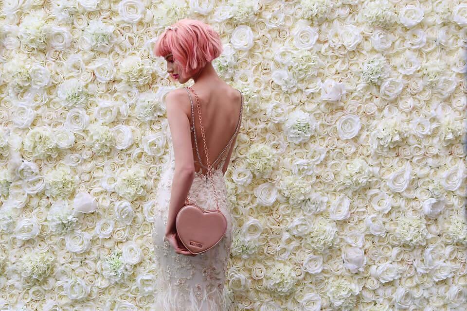Gigi Hadid, Chan Yeol, Pony và loạt sao nổi tiếng đều nhuộm tóc hồng, còn bạn thì sao? - Ảnh 2.