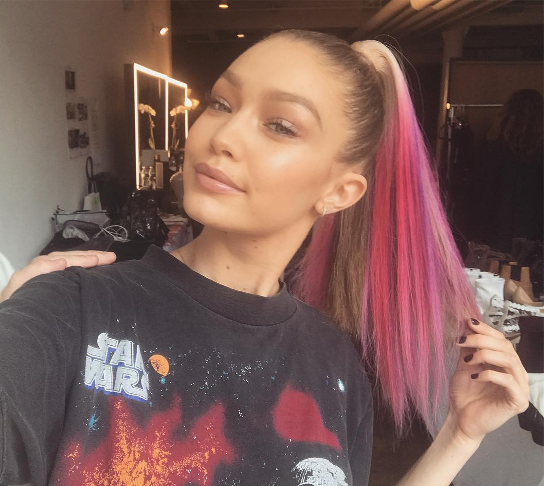 Gigi Hadid, Chan Yeol, Pony và loạt sao nổi tiếng đều nhuộm tóc hồng, còn bạn thì sao? - Ảnh 1.