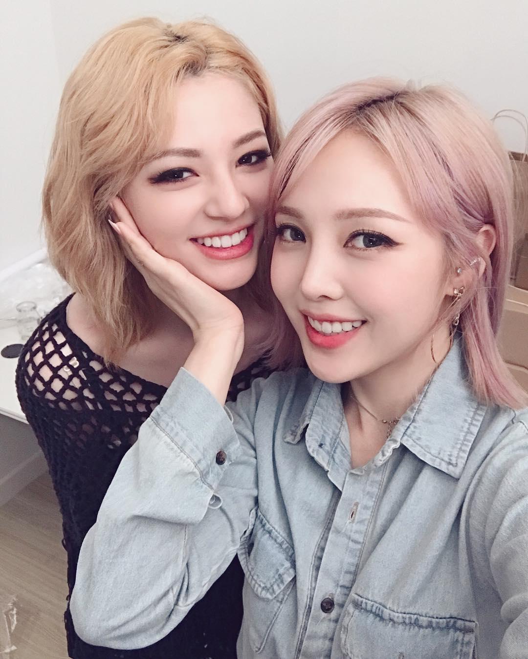 Gigi Hadid, Chan Yeol, Pony và loạt sao nổi tiếng đều nhuộm tóc hồng, còn bạn thì sao? - Ảnh 7.