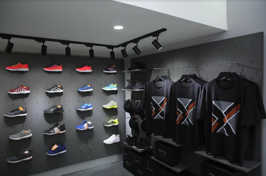 Tín đồ sneaker thủ đô háo hức với sự ra mắt independent store đầu tiên của Biti's Hunter - Ảnh 3.