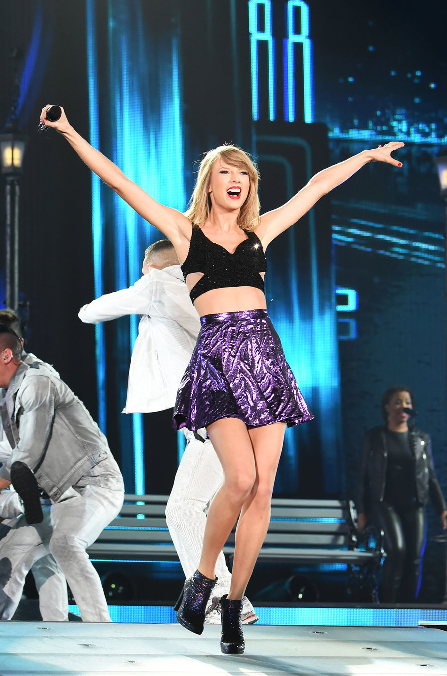 Tuổi chưa quá 30, Rihanna và Taylor Swift đã có nhiều hit lọt Top 10 Billboard hơn loạt đàn chị - Ảnh 11.