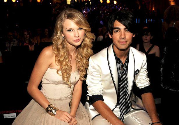 Đây là tất cả những người từng được lên sóng trong các bài hát của Taylor Swift - Ảnh 10.