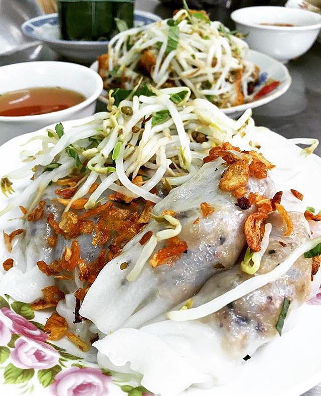"""3 quán bánh cuốn ngon """"nức nở"""" cho ngày mát trời tại Sài Gòn - Ảnh 18."""