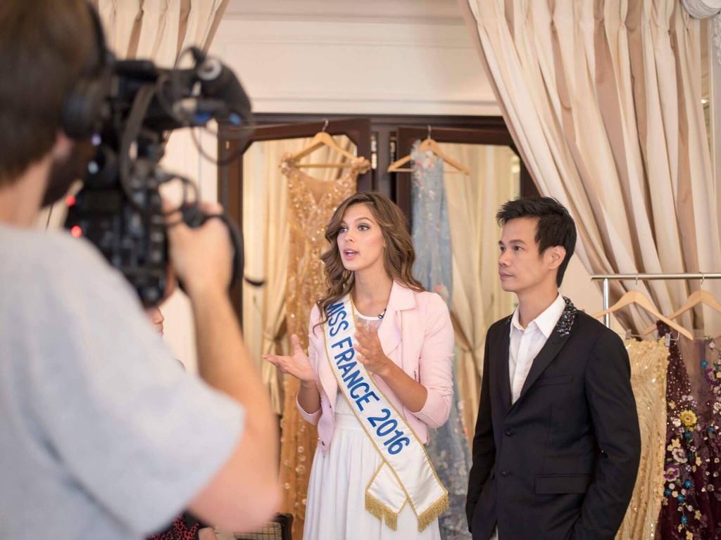 2017 - Ắt là năm mà cả làng thời trang Việt vươn mình ra thế giới! - Ảnh 7.