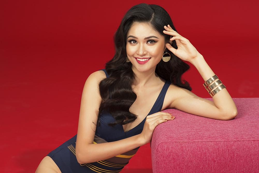 Á hậu Thùy Dung khoe hình thể gợi cảm với áo tắm trước ngày tham gia Hoa hậu Quốc tế 2017 - Ảnh 3.