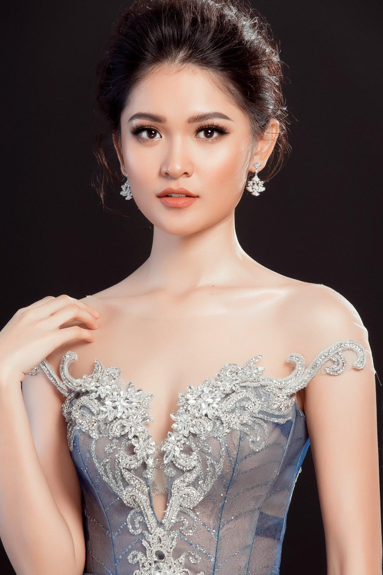 Á hậu Thùy Dung lộng lẫy như công chúa trong đầm dạ hội chính thức tại chung kết Miss International 2017 - Ảnh 4.