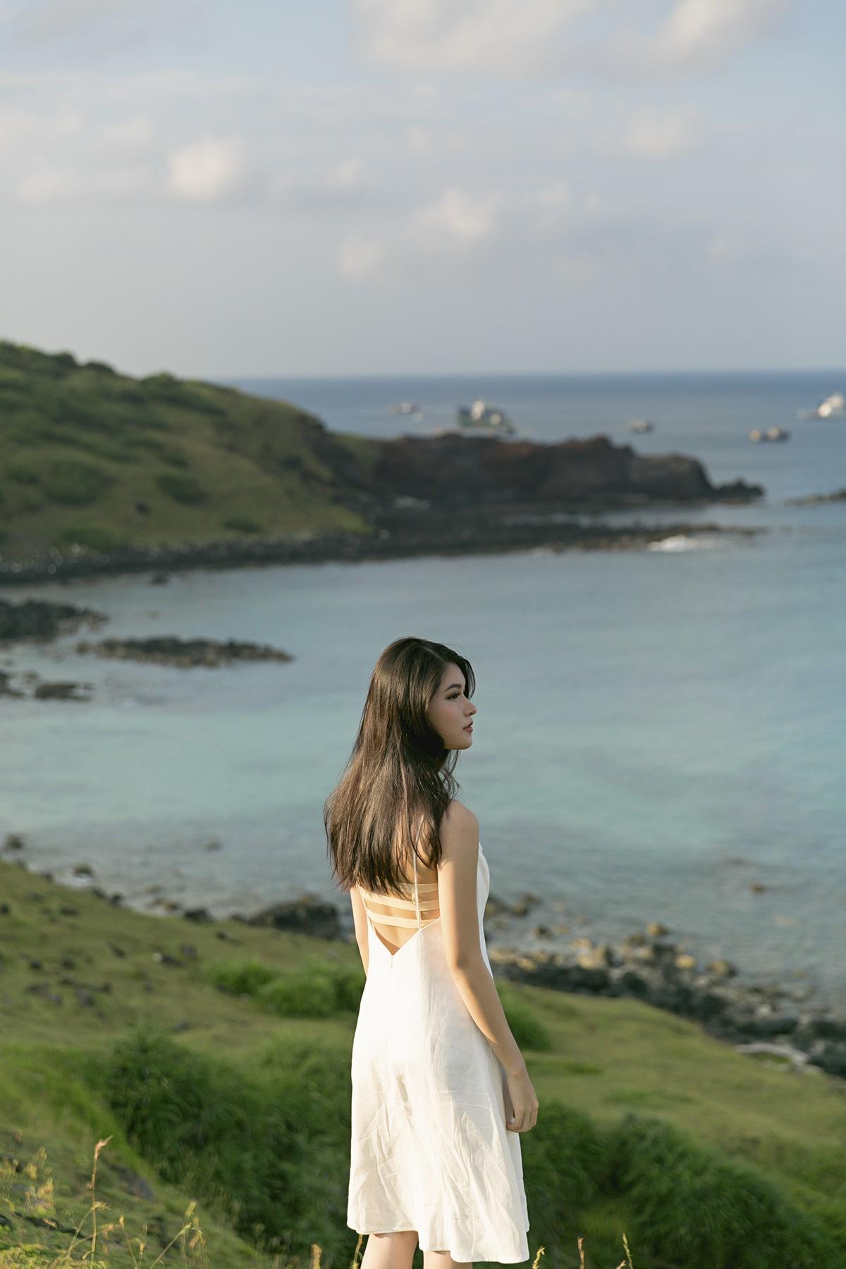 Không chỉ giỏi tiếng Anh, Thùy Dung còn trổ tài hát tiếng Nhật trong clip quảng bá vẻ đẹp biển đảo Việt Nam - Ảnh 7.