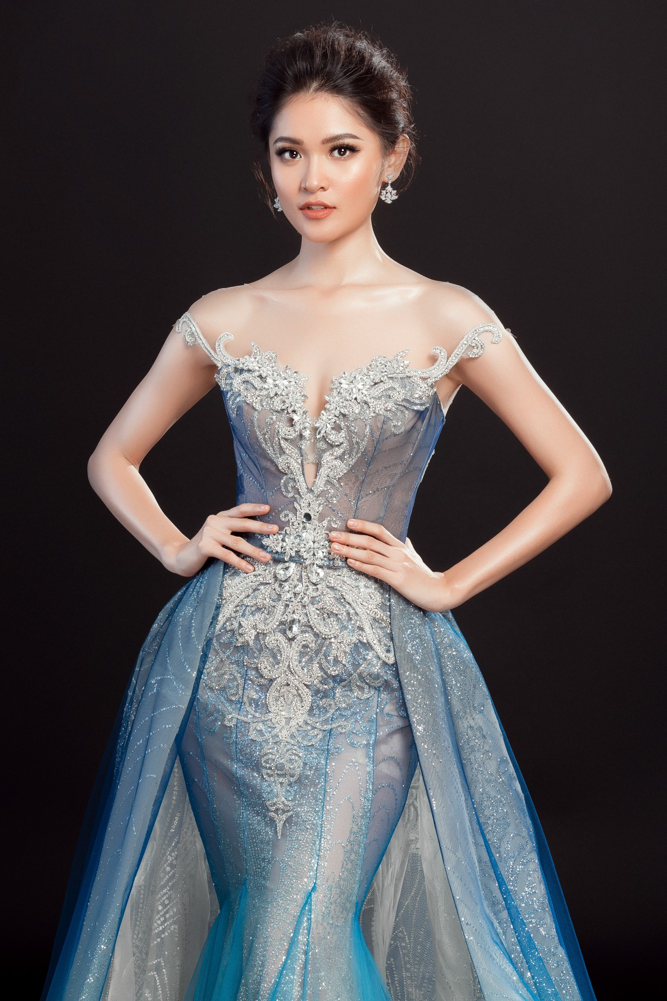 Á hậu Thùy Dung lộng lẫy như công chúa trong đầm dạ hội chính thức tại chung kết Miss International 2017 - Ảnh 3.