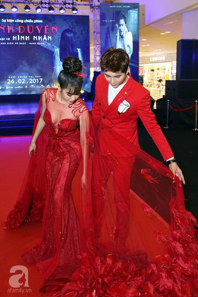 Trương Quỳnh Anh - Tim chăm diện thời trang ton-sur-ton nhất mỗi khi song hành trên thảm đỏ Ảnh 2.