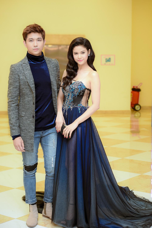 Trương Quỳnh Anh - Tim chăm diện thời trang ton-sur-ton nhất mỗi khi song hành trên thảm đỏ - Ảnh 16.