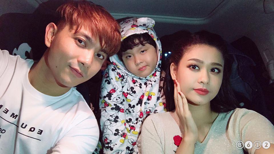 Trước tin đồn ly hôn vài tiếng, Tim và Trương Quỳnh Anh vẫn đăng ảnh thân thiết thế này! - Ảnh 2.