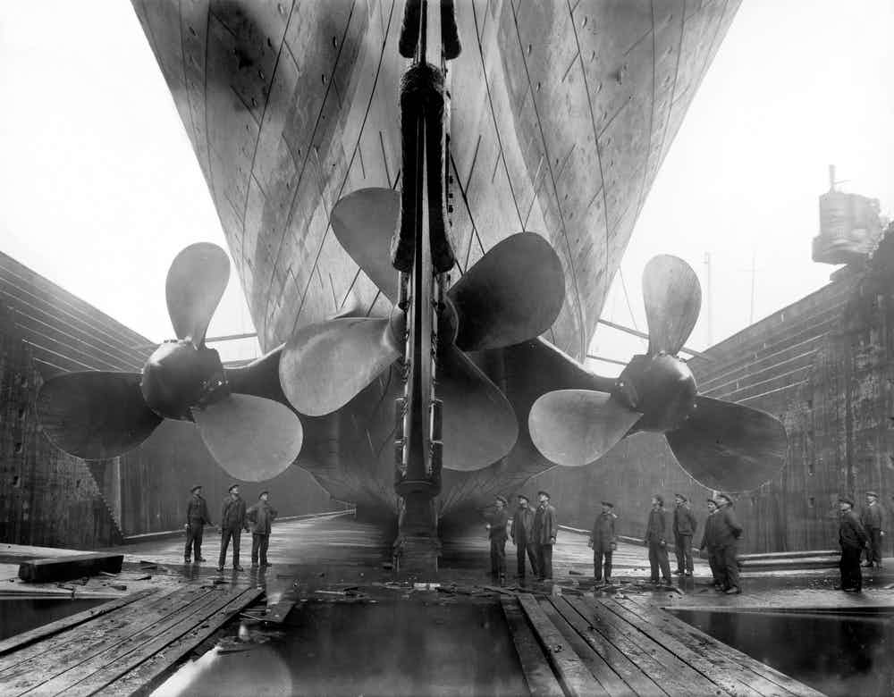 Hình ảnh hiếm có về tàu Titanic: Sự vĩ đại bao người mơ ước lại là thảm kịch không thể quên của thế kỷ 20 - Ảnh 1.