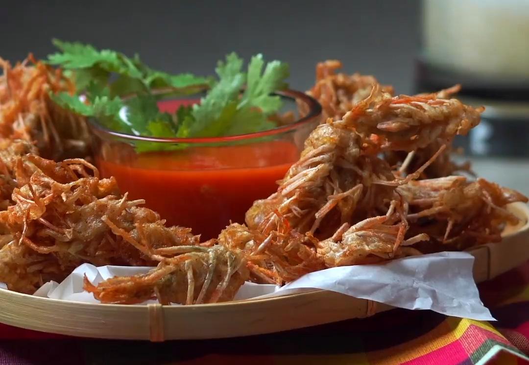Chỉ với đầu tôm bỏ đi mà người Thái cũng làm được món ăn ngon đến thế này - Ảnh 5.
