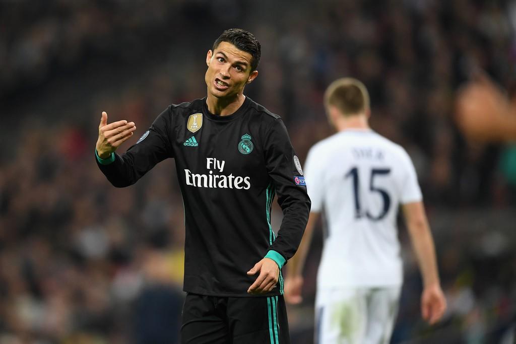 Ronaldo ghi bàn danh dự trong ngày Real Madrid bị Tottenham vùi dập - Ảnh 16.