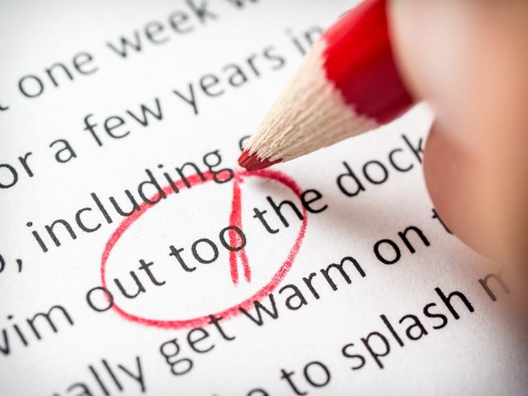 Nhiều trường học ở Úc, Mỹ đã có lệnh cấm giáo viên chấm bài bằng bút đỏ - lý do là vì.. - Ảnh 2.