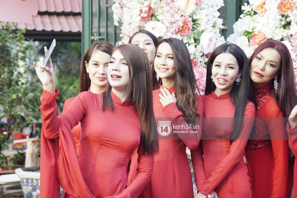 Clip độc quyền: Dàn phù dâu chuyển giới xinh đẹp gửi lời chúc mừng đám cưới đến công chúa Lâm Khánh Chi - Ảnh 5.
