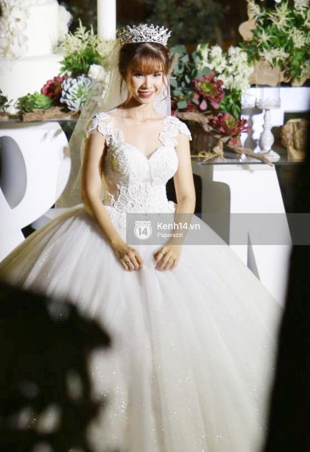 Chiếc váy to và lộng lẫy đã biến Khởi My thành công chúa trong đám cưới cổ tích với Kelvin Khánh - Ảnh 2.