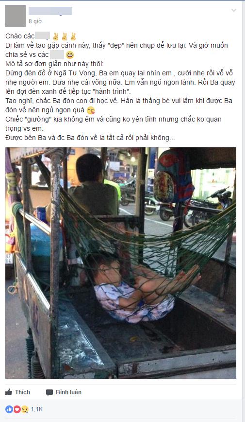 Hình ảnh xúc động: Giấc ngủ ngon lành của cậu bé trên chiếc võng phía sau xe ba gác của bố - Ảnh 1.