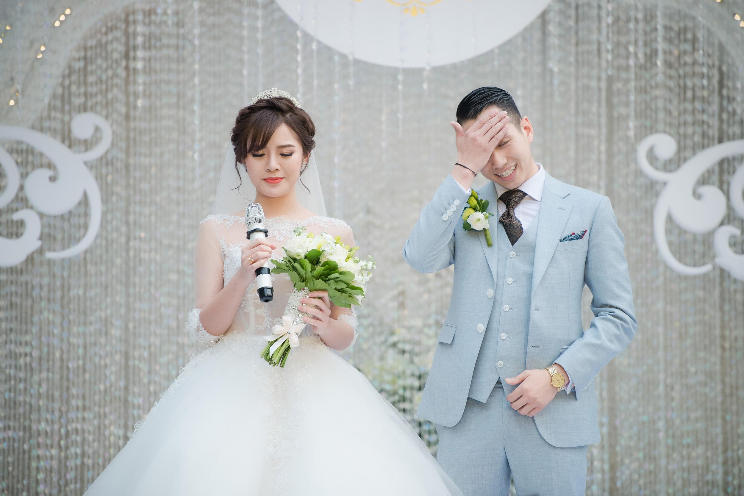 Tú Linh bật khóc cảm ơn bố mẹ chồng trong đám cưới - Ảnh 5.
