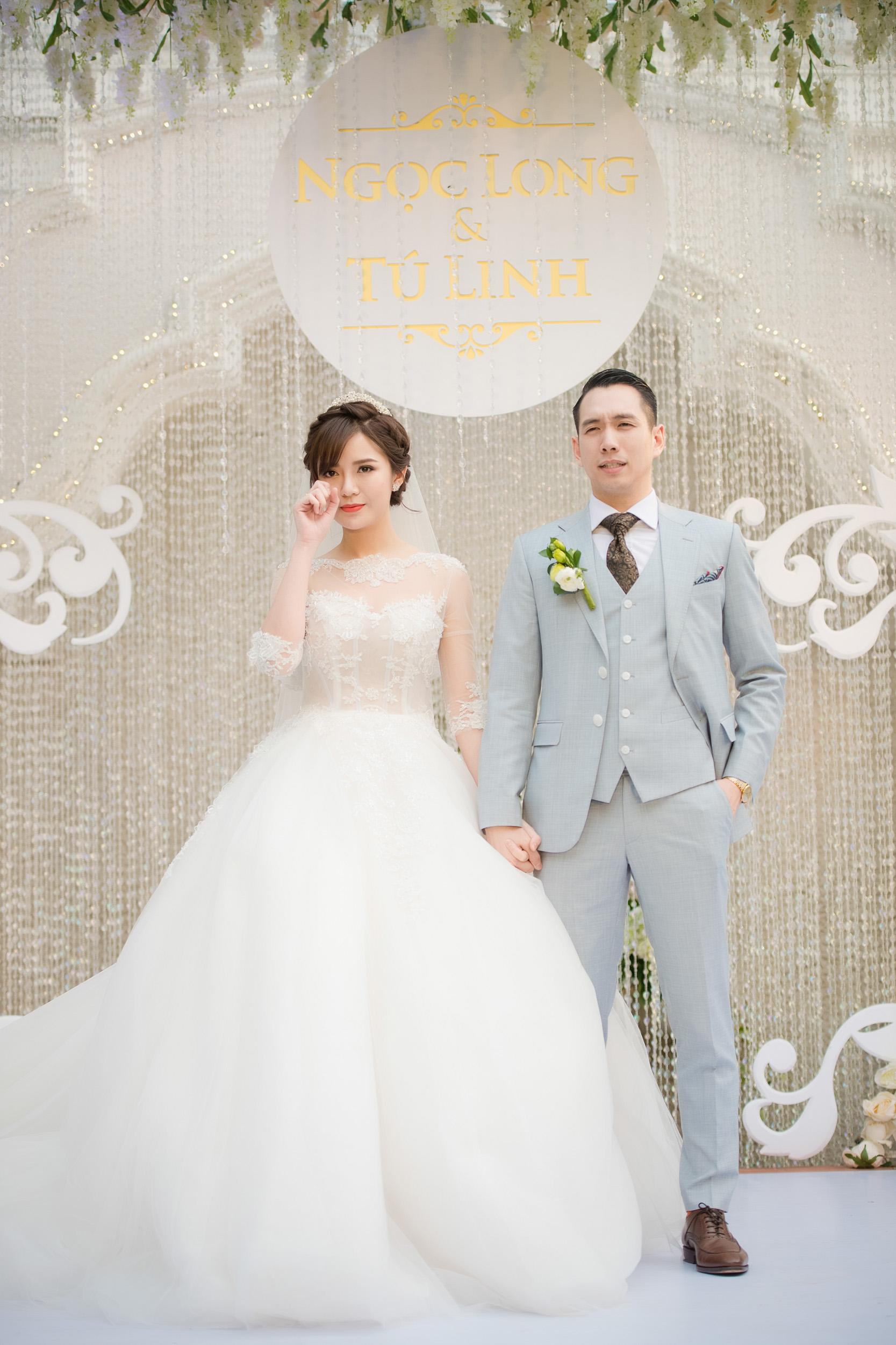 Tú Linh bật khóc cảm ơn bố mẹ chồng trong đám cưới - Ảnh 7.
