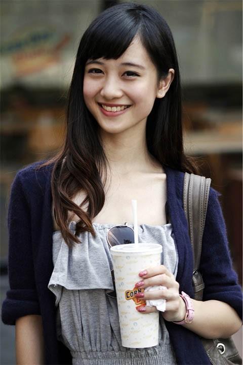 Nhan sắc hiện tại của 3 hot girl Việt từng được mệnh danh cô bé trà sữa - Ảnh 1.