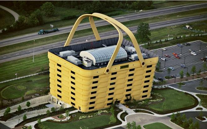 Lạ mắt với những tòa nhà có thiết kế kỳ lạ nhất trên thế giới - Ảnh 1.