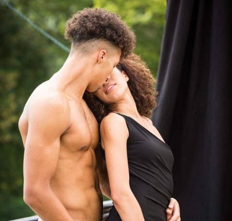 Next Top Áo: Thi chụp ảnh nude mà sao có thí sinh vẫn được... mặc đồ? - Ảnh 1.
