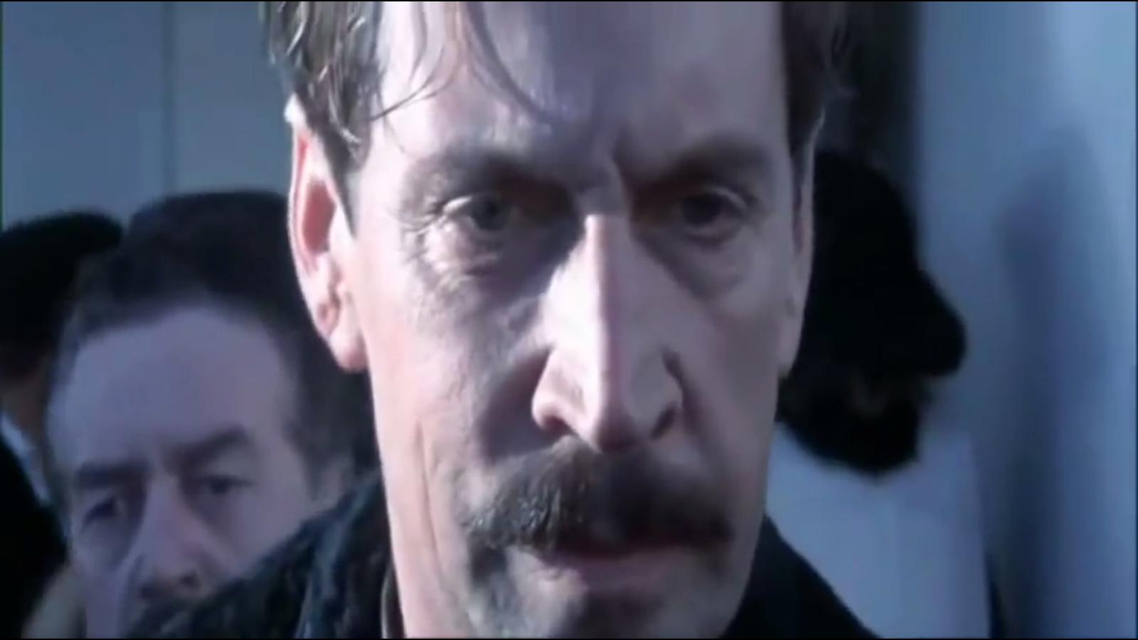 Sau 20 năm, siêu phẩm Titanic một lần nữa ám ảnh người xem khi tung ra đoạn phim bị cắt đầy bi thương - Ảnh 4.