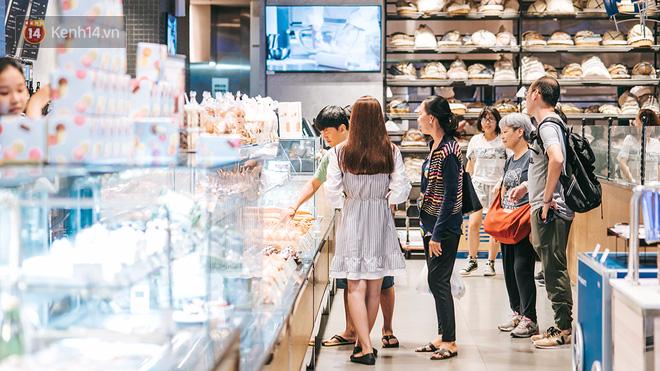 Khám phá 3 trung tâm thương mại lớn nhất Sài Gòn là thấy giới trẻ đang thích ăn gì, chơi gì? - Ảnh 12.