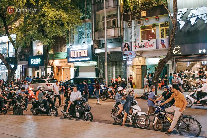 Khám phá 3 trung tâm thương mại lớn nhất Sài Gòn là thấy giới trẻ đang thích ăn gì, chơi gì? - Ảnh 17.