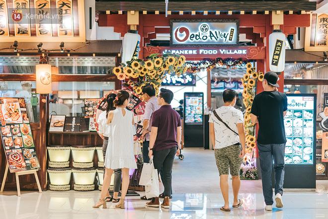 Khám phá 3 trung tâm thương mại lớn nhất Sài Gòn là thấy giới trẻ đang thích ăn gì, chơi gì? - Ảnh 26.