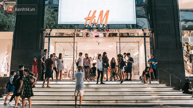 Khám phá 3 trung tâm thương mại lớn nhất Sài Gòn là thấy giới trẻ đang thích ăn gì, chơi gì? - Ảnh 9.