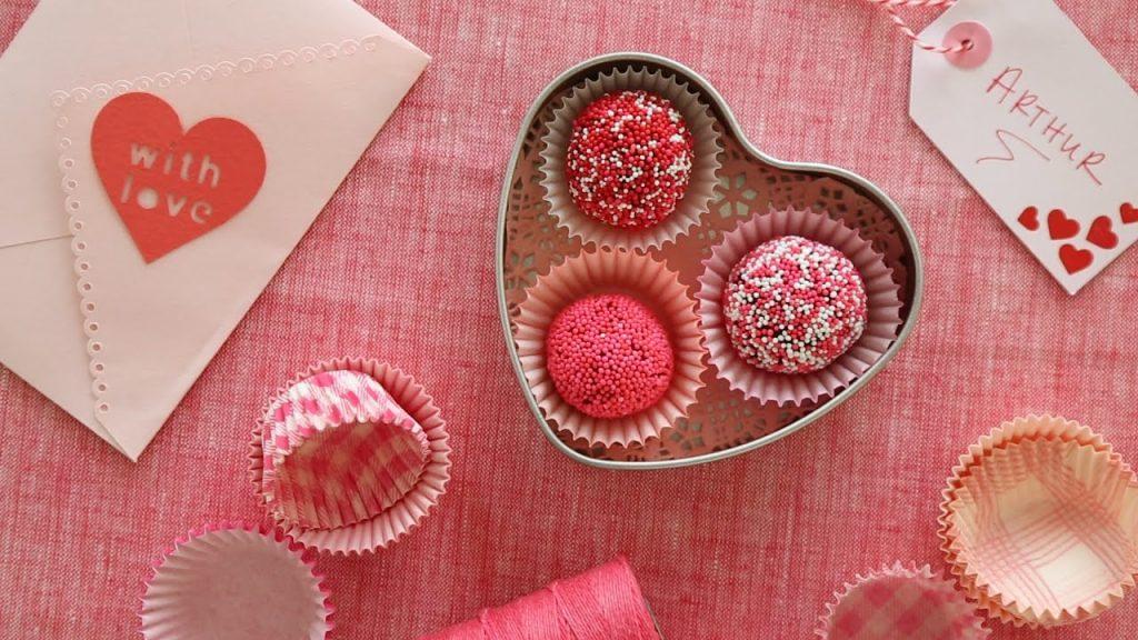 Không như mọi người nghĩ, hóa ra Valentine trắng ra đời từ chiến lược kinh doanh của một tập đoàn bánh kẹo - Ảnh 3.