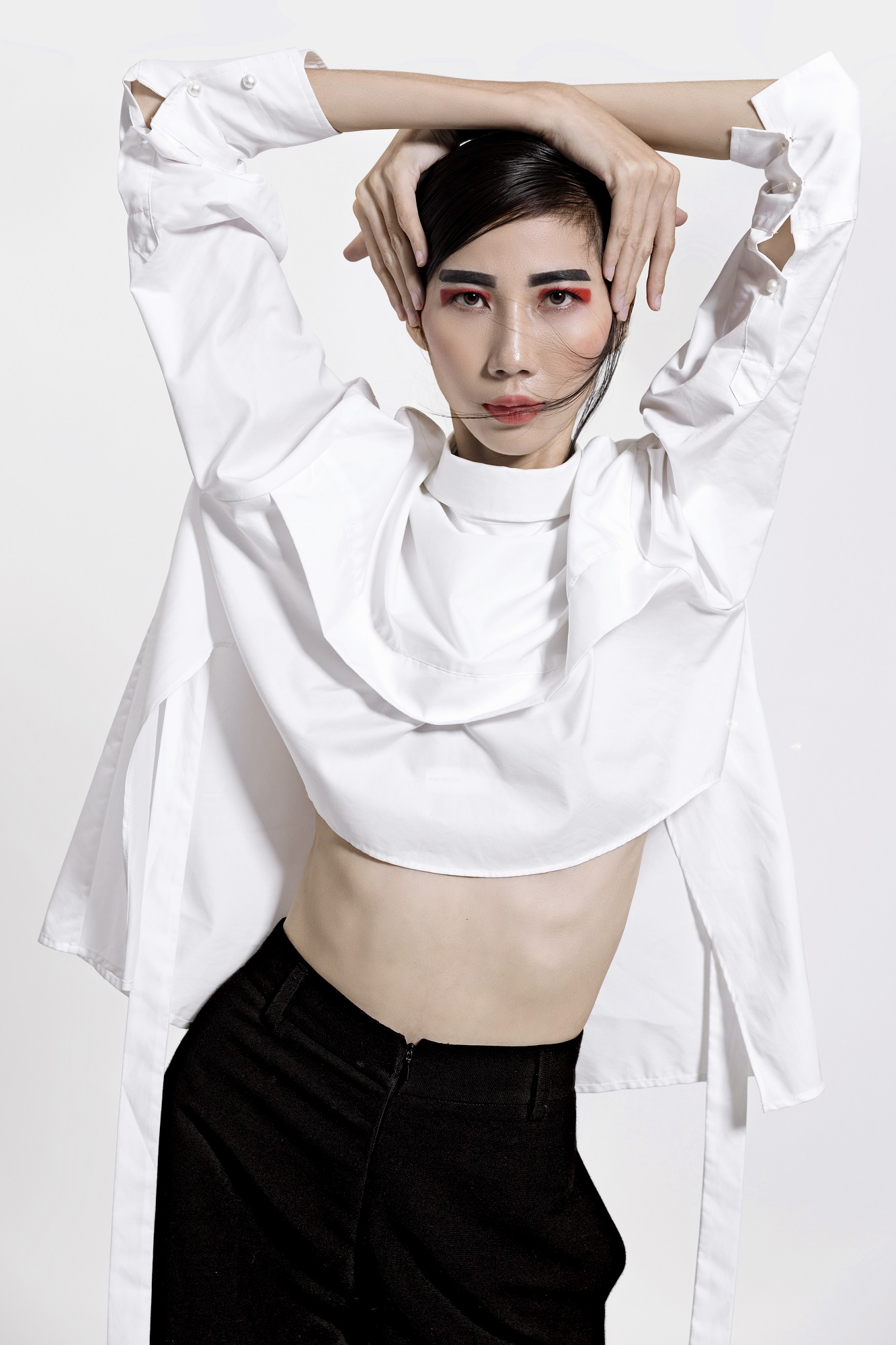 Top 7 Vietnams Next Top Model tung bộ hình chứng tỏ không cần lồng lộn vẫn cực thời trang! - Ảnh 3.