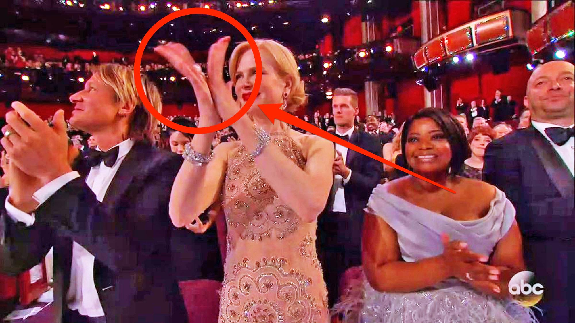 Đây chính là lý do khiến nàng thiên nga nước Úc Nicole Kidman vỗ tay dị đến vậy - Ảnh 4.