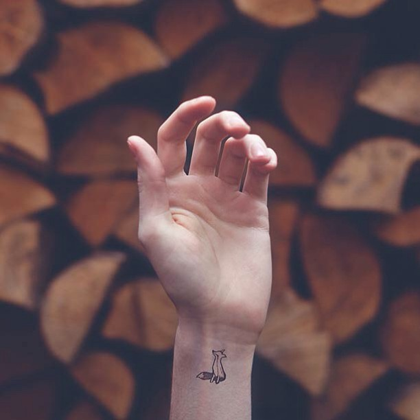 Xăm cổ tay vừa xinh vừa chất sẽ khiến bạn quên luôn sự tồn tại của mấy loại vòng vèo - Ảnh 12.