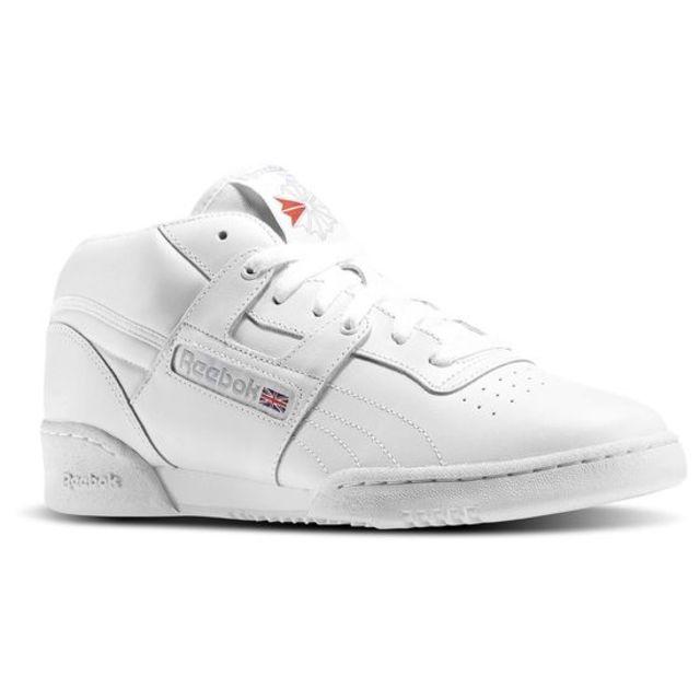 HỎI NHANH: Bạn có thấy đôi Yeezy mới nhất trông y hệt như giày Reebok? - Ảnh 3.
