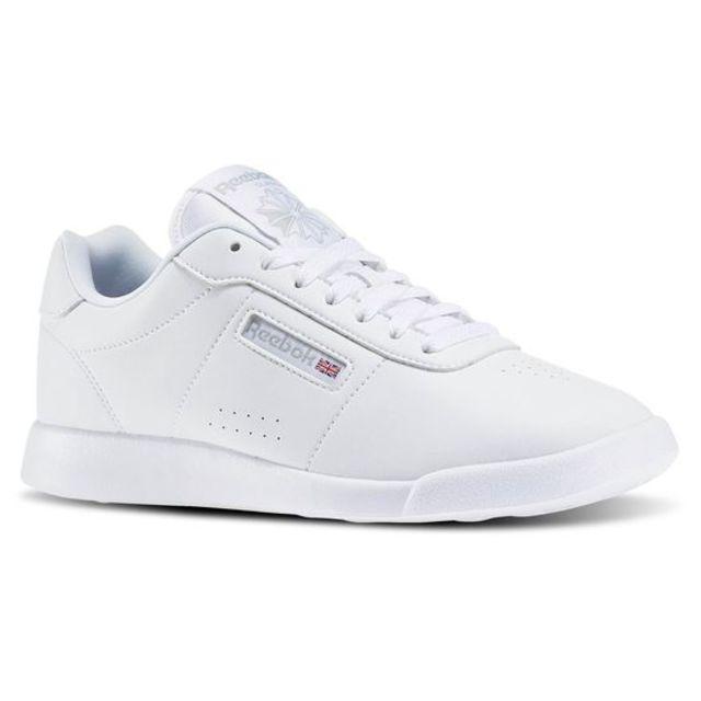 HỎI NHANH: Bạn có thấy đôi Yeezy mới nhất trông y hệt như giày Reebok? - Ảnh 4.