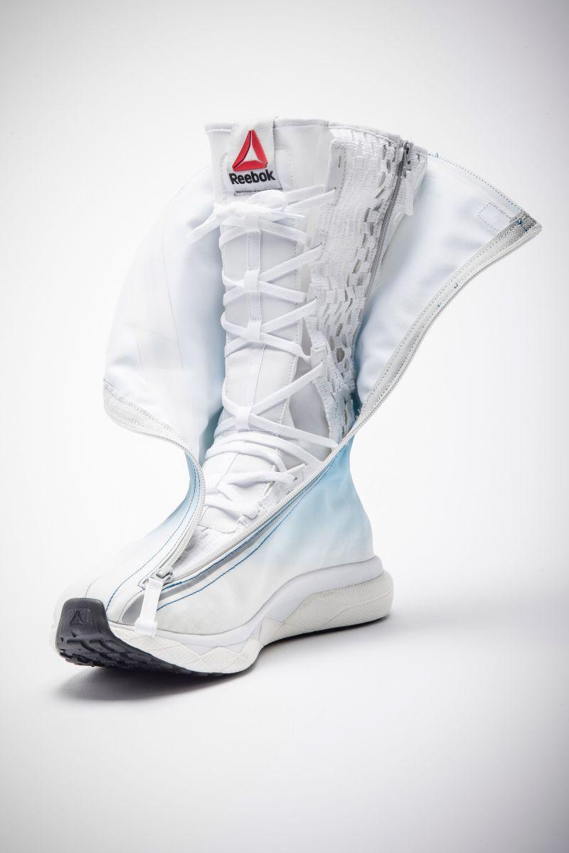 Reebok ra mắt mẫu giày vũ trụ siêu chất dành cho phi hành gia - Ảnh 2.